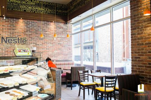 Nestle Toll House Cafe Tanger Outlets Kanata Ottawa Urbanomic Interiors Foodservice Design 07