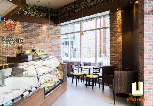 Nestle Toll House Cafe Tanger Outlets Kanata Ottawa Urbanomic Interiors Foodservice Design 08