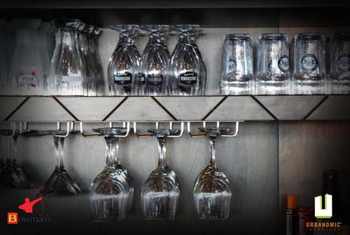 Bowmans_hospatility design_restaurant_renovation_urbanomic interior-design-ottawa_06