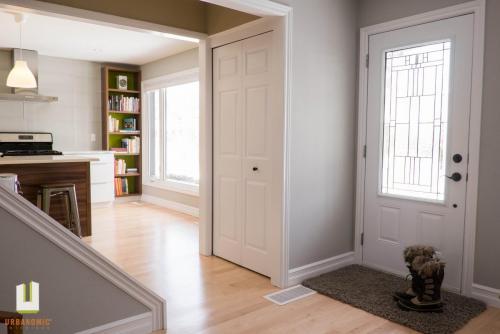 Courtice Ave - White + Walnut Modern Kitchen Design - Urbanomic Interiors 01