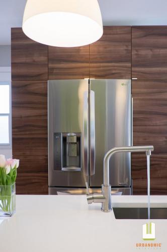 Courtice Ave - White + Walnut Modern Kitchen Design - Urbanomic Interiors 09