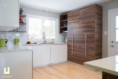 Courtice Ave - White + Walnut Modern Kitchen Design - Urbanomic Interiors 14