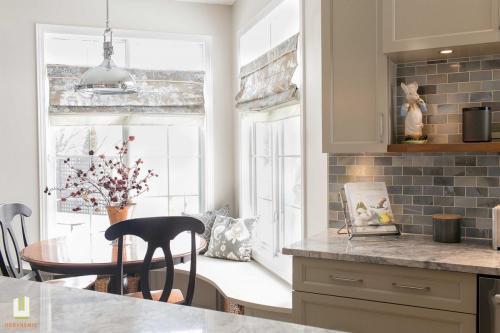 McCallum Drive Transitional Kitchen Renovation 13