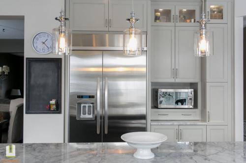 McCallum Drive Transitional Kitchen Renovation 17