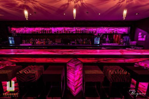urbanomic_interiors_interior_designer_ottawa_canada_restaurant_design_bijou_4