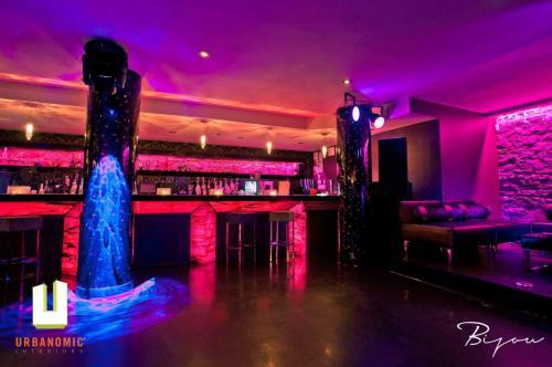 urbanomic_interiors_interior_designer_ottawa_canada_restaurant_design_bijou_8