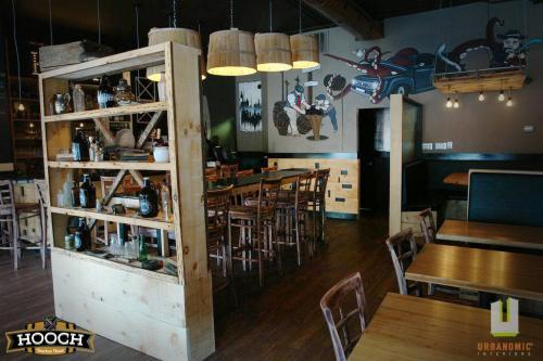 urbanomic_interiors_interior_designer_ottawa_canada_restaurant_design_hooch_2