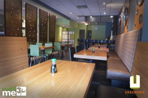 urbanomic_interiors_interior_designer_ottawa_canada_restaurant_design_sushime_9