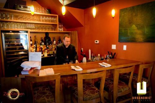 urbanomic_interiors_interior_designer_ottawa_canada_restaurant_design_zen_8